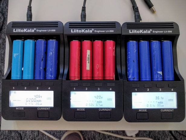 Three Liitokala Lii-500 chargers in action